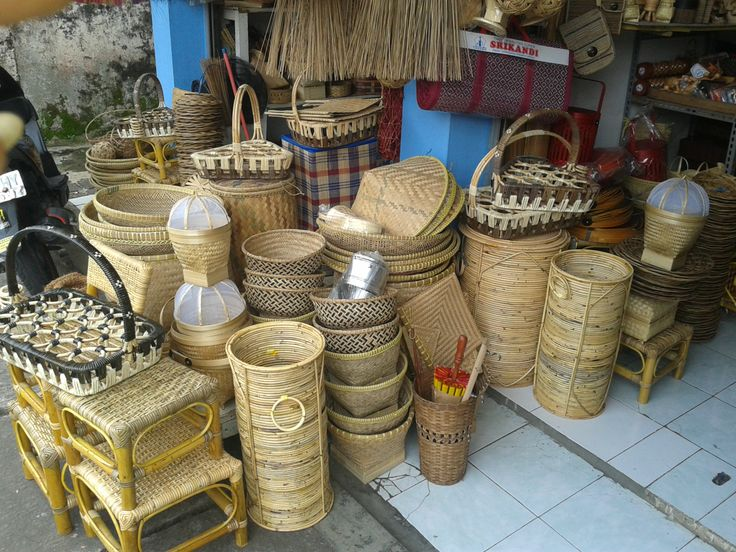 Info lebih lengkap produk kerajinan rajapolah  No hp : 085222308405 dan 087725305669  PIN BB : 76AA8749  Blog kami :http://ragamhandicraftrajapolah.wordpress.com/  Facebook : facebook.com/kerajinan.rajapolah