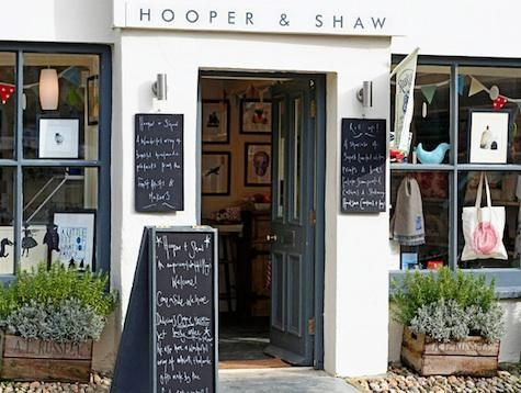 Shopper's Diary: Hooper & Shaw in Cornwall, England (crate planters and sidewalk sign)
