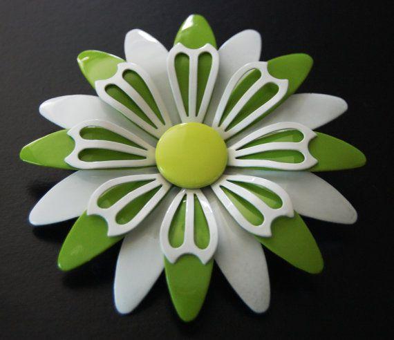 Enamel ring vintage flower petals