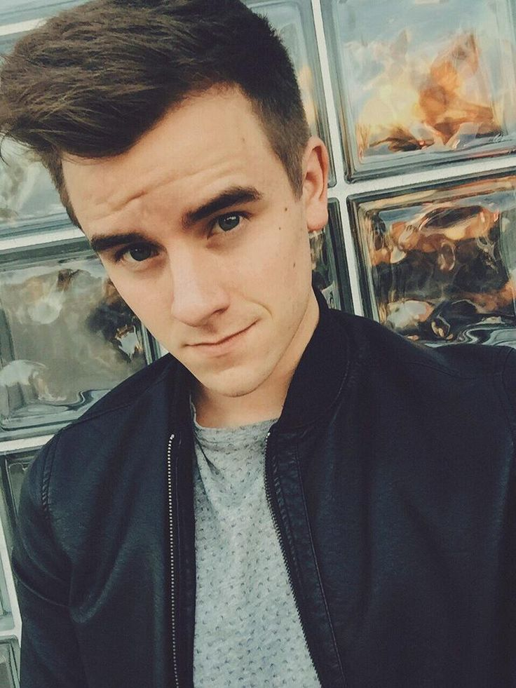 Connor Franta.>>> this is not just Connor franta. This is an amazing human being