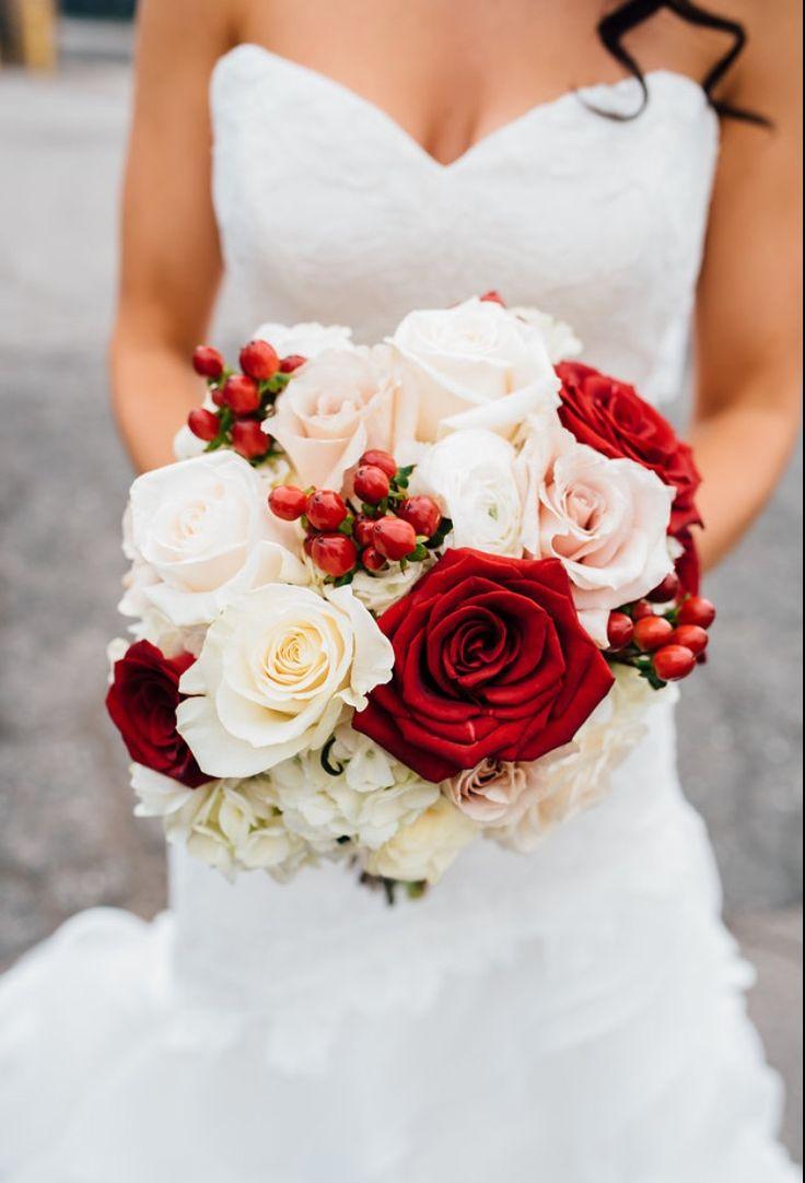 Cranberry champagne wedding - The 25 Best Cranberry Wedding Colors Ideas On Pinterest Cranberry Bridesmaid Dresses Autumn Wedding Colours And Cranberry Wedding