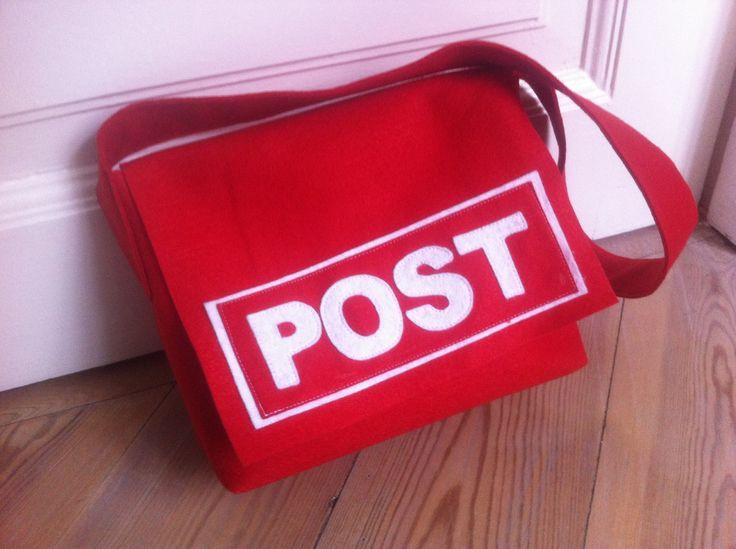 Postmand Per taske syet i filt