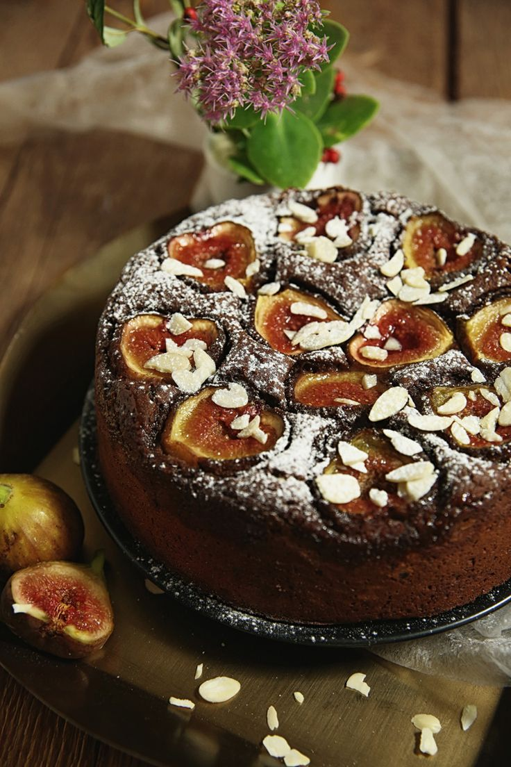 St[v]ory z kuchyne | Chocolate Cake with Figs (gluten free/grain free)