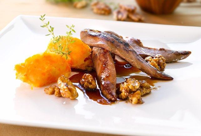 Kip met honing en noten en een wortelpuree met komijn