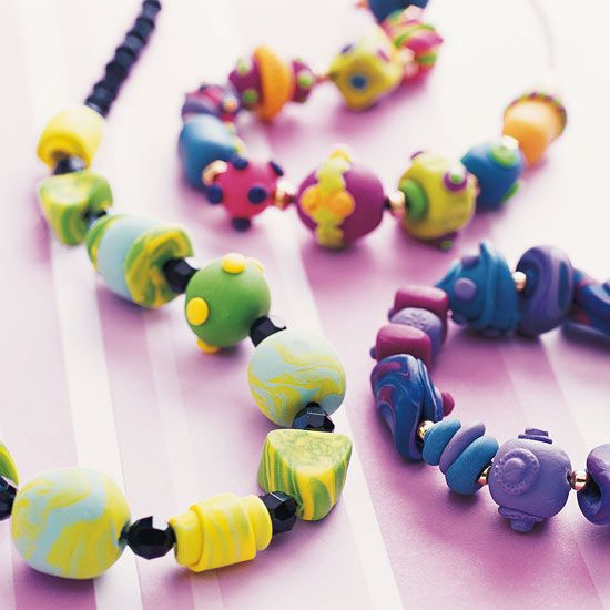 Color Swirl Beaded JewelryCrafts For Kids, Craft Kids, Indoor Crafts, Polymer Clay Beads, Swirls Beads, Colors Swirls, Beads Jewelry, Rainy Days, Beaded Jewelry