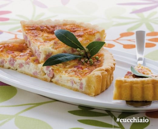 Tota Salata    http://www.cucchiaio.it/ricette/ricetta-crostata-semplice