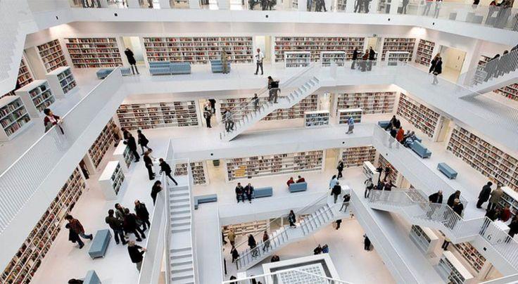 La modernissima biblioteca di Stoccarda (in cui c'è una stanza vuota per riflettere) - Il Libraio