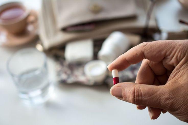 Die Einnahme von natürlichem Progesteron in Form von Kapseln lindert bei vielen Frauen Wechseljahresbeschwerden.