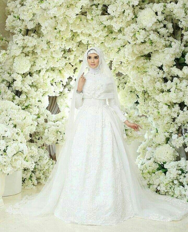 Sweet hijab wedding