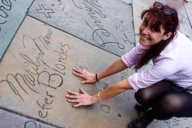Il sole, i bei tempi, Los Angeles, i capelli lunghi, l'America, io e Marilyn etc etc 🙄🙄 #besttime #besttripever #time #travelgram #travelphotography #travel #usa #bigtrip #2015 #love #cali #california #americandream #lax #losangeles #walkoffame #hollywood #amazing #memories #friend #me & #marilynmonroe #tb #sunnycalifornia #sunnycoast by crist_p. 2015 #travel #walkoffame #california #besttripever #sunnycalifornia #amazing #americandream #besttime #travelphotography #bigtrip #marilynmonroe…