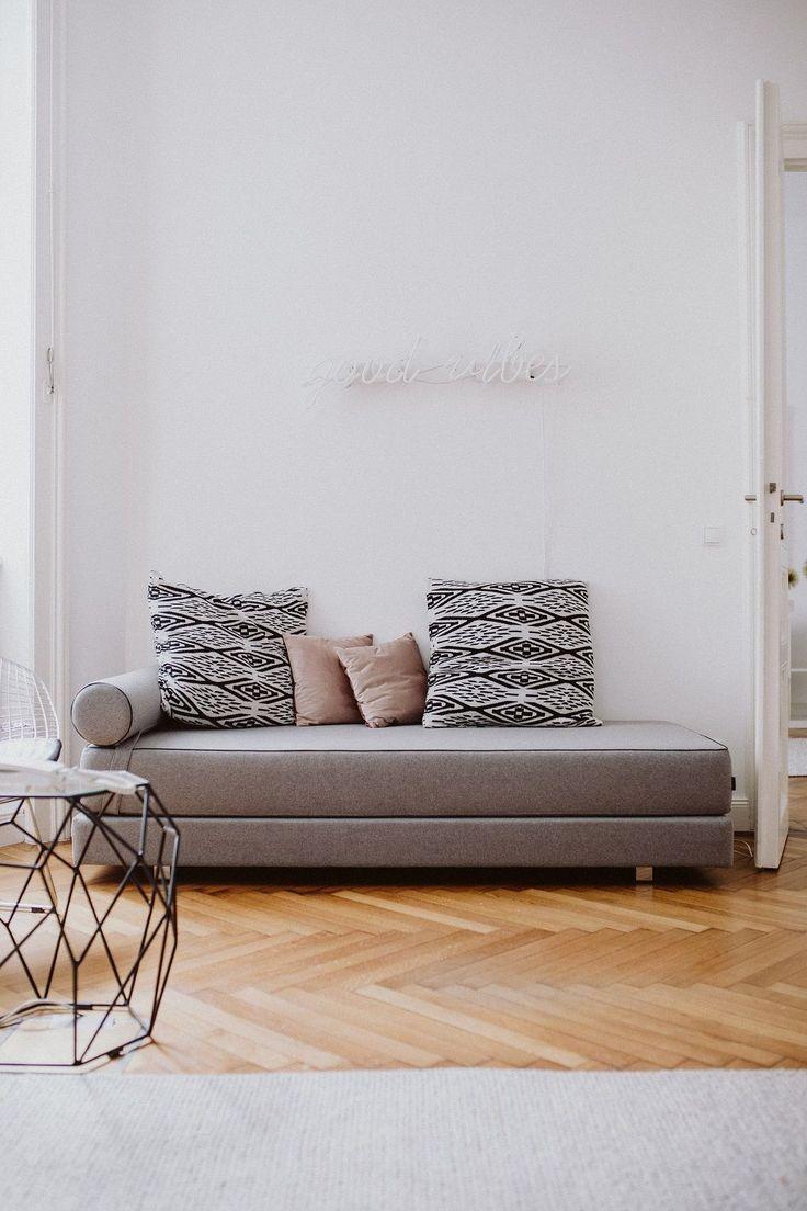 129 beste afbeeldingen van ab auf 39 s sofa. Black Bedroom Furniture Sets. Home Design Ideas