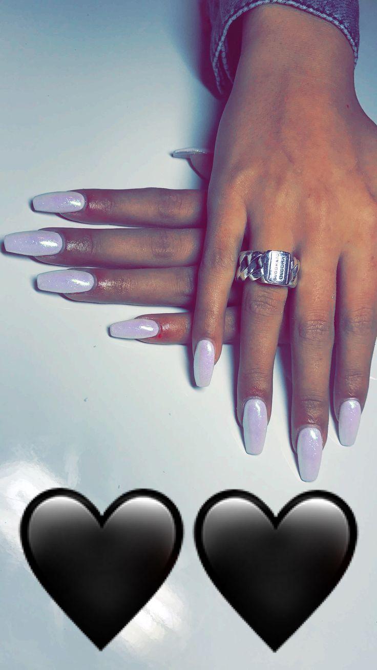 Damn.... mermaid nails