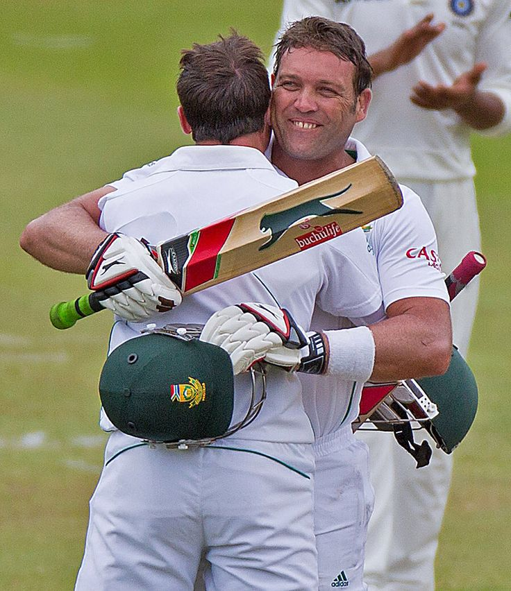 Jacques Kallis celebrates a century on his last Test, South Africa v India, 2nd Test, Durban, 4th day, December 29, 2013 ©ESPNcricinfo Ltd