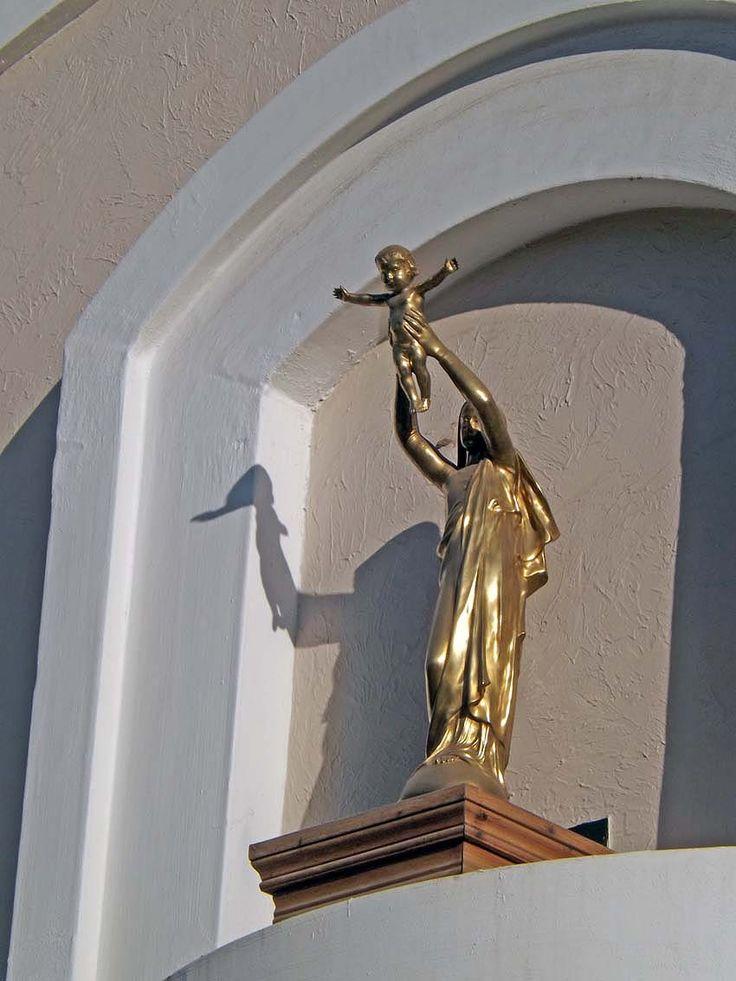 Detalle de iglesia de Santa Cruz, Chile.