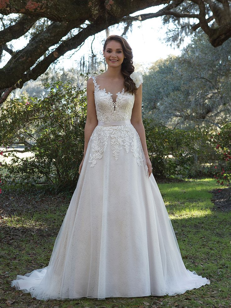 Sweetheart Gowns Spring 2017