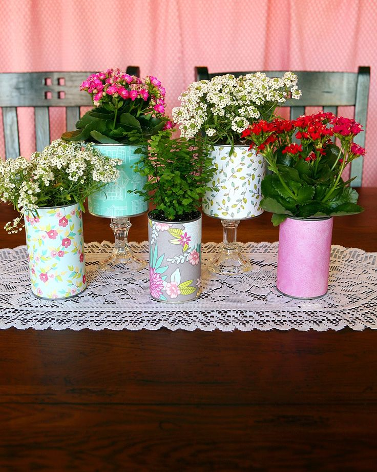 Pretty recycled flower pots recycled pots garden craft for Recycled flower pots