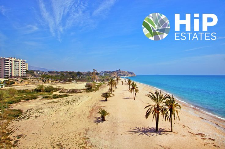 Prachtige luxe appartementen gelegen in een parkdomein aan het strand nabij Alicante. Prijzen voor een 2 slaapkamer appartement starten vanaf 249.000 euro. Prijzen voor een 3 slaapkamer appartement starten vanaf 278.000 euro. www.hipestates.com