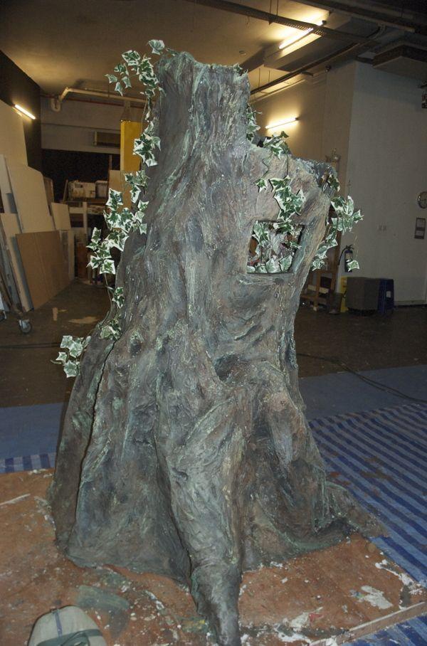 how to make a paper mache tree stump