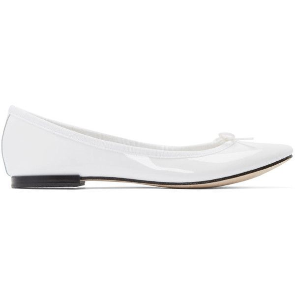 Repetto White Patent Leather Cendrillon Ballerina Flats (380 CAD) ❤ liked on Polyvore featuring shoes, flats, white bow flats, white ballet shoes, white flat shoes, round toe ballet flats and white flats