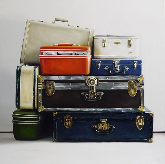 https://i.pinimg.com/736x/63/cc/56/63cc56b1bb64a866e2e17c29e7cccbaf--vintage-luggage-vintage-suitcases.jpg