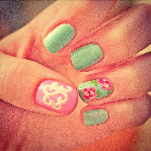 lilly inspired with a monogram.  loves.