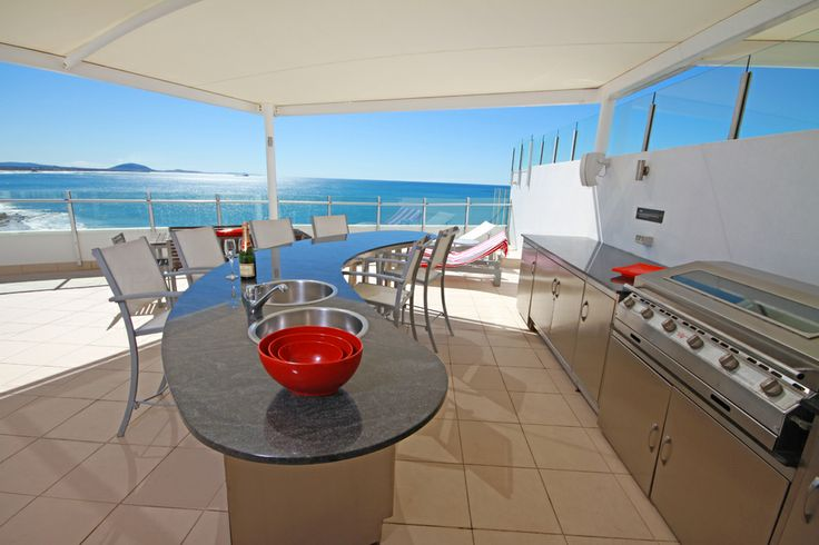 Oceans Mooloolaba 4 bedroom penthouse expansive upstairs entertainment area with an outdoor kitchen & bar area
