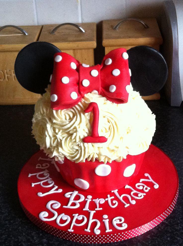Minnie Mouse Giant Cupcake Giant Cupcakes Giant