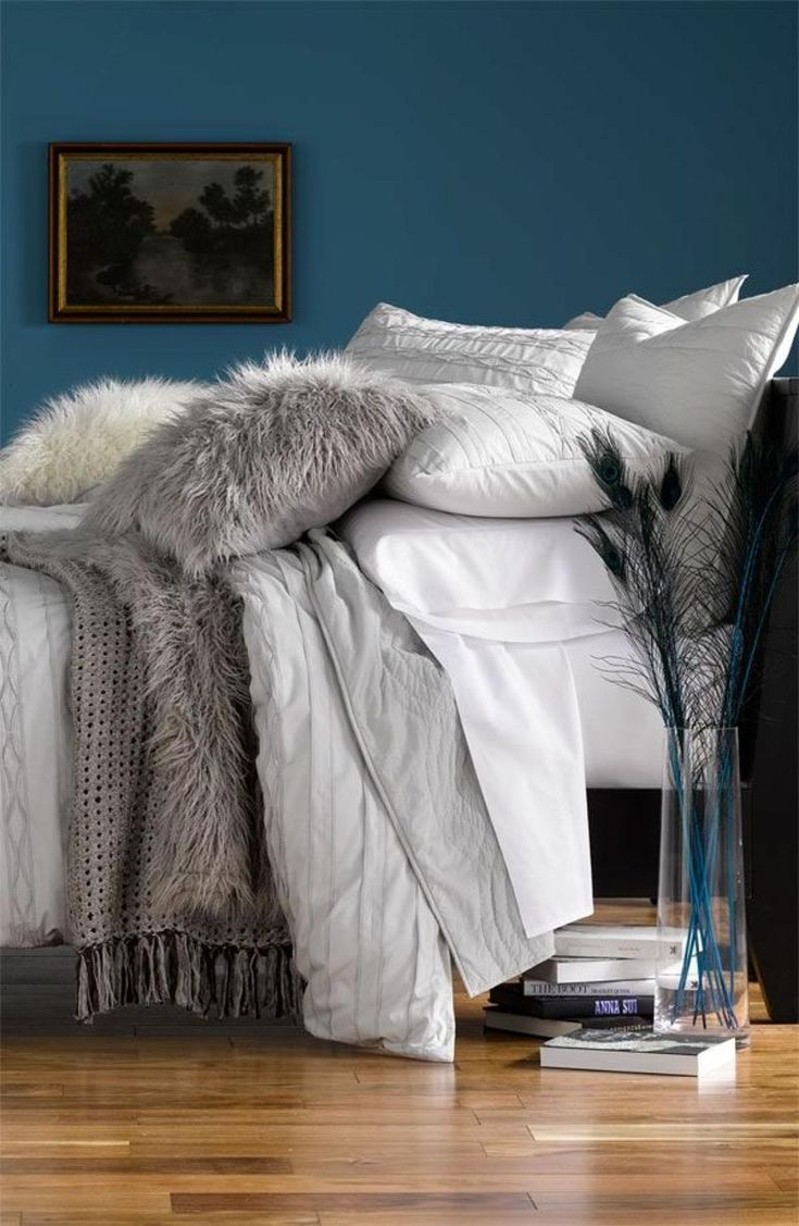 63cd2fb498516abfdbd464bf9be045f9  peacock blue bedroom warm cozy bedroom Best Of Blaugrünes Und Graues Schlafzimmer Zat3