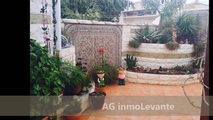 Chalet/casa independiente en venta en Aguas Nuevas / Torrevieja (Alicant.  Продается Вилла Торревьеха\Аликанте\ Испания Вилла  в 100 метрах от пляжа, с верхнего этажа с видом на море, большой сад с барбекю и гараж на две машины, очень ухоженный в идеальном состоянии, готов к заселению.