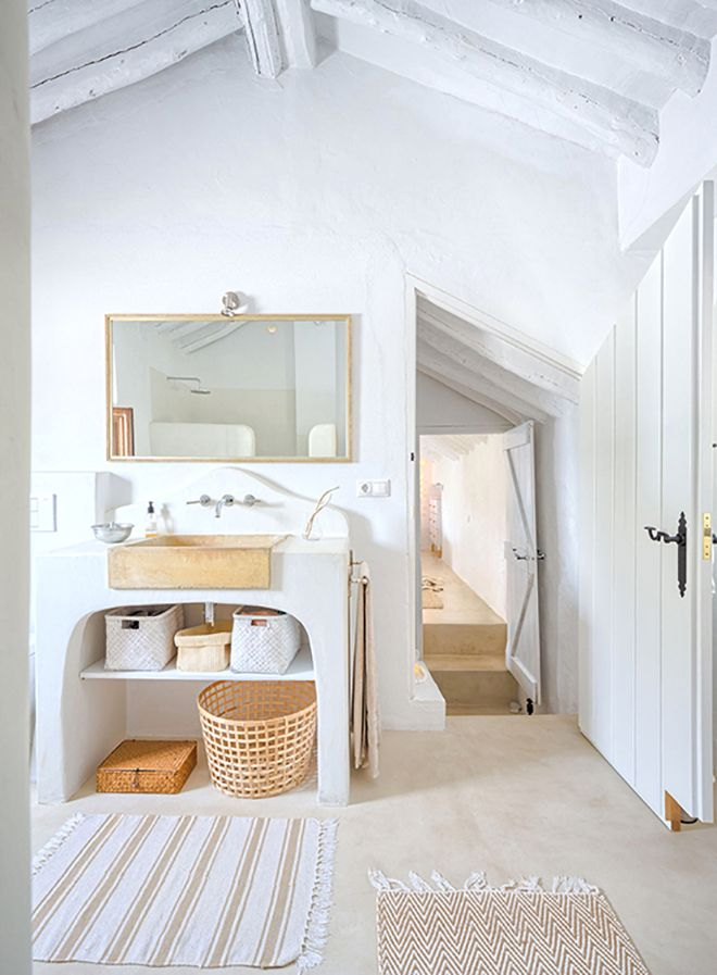 Beach house inspiration bycocoon.com | villa design | wellness design | bathroom design | design products for easy living | Dutch Designer Brand COCOON