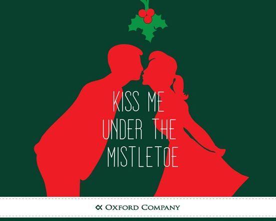 Εσείς, ποιο αγαπημένο σας πρόσωπο θα φιλήσετε κάτω από το γκι για καλή χρονιά;