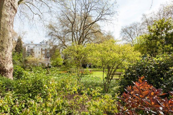 Courtfield Gardens London SW5 #cutlerandbond #gardensquares #londonproperty