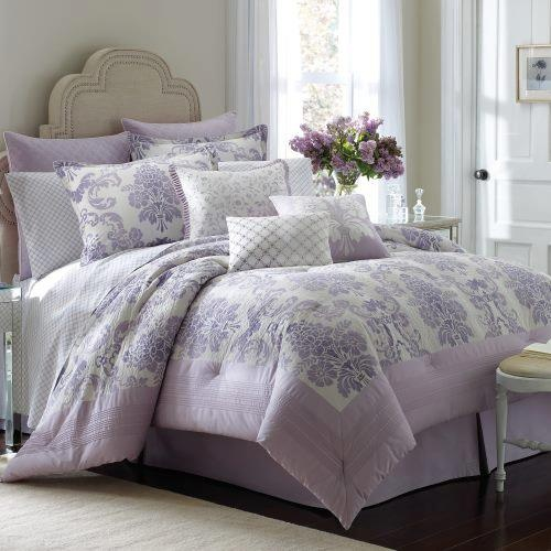 bedroom. lavender