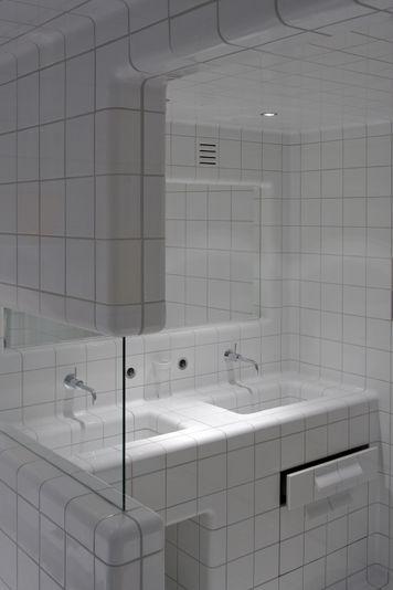 bathrooms : DTILE | we tile the world