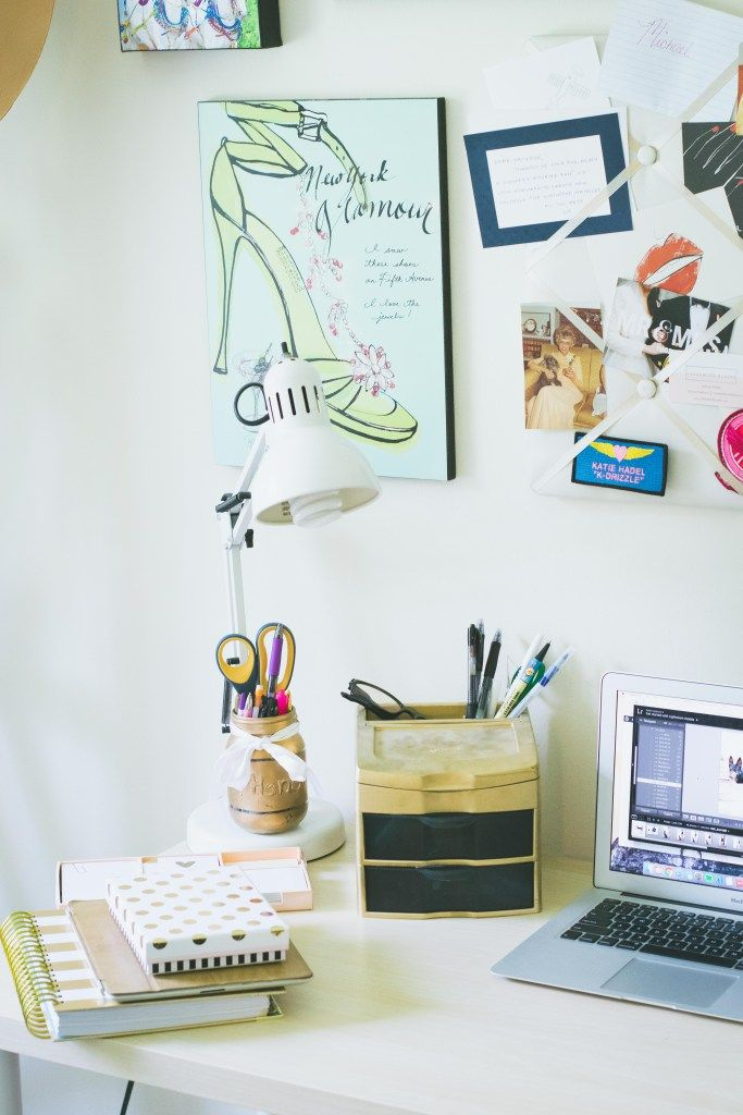 Feminine office decor // rental home decorating