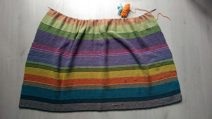 Ravelry: guroso's Arne & Carlos scrap blanket (except from new yarn..)
