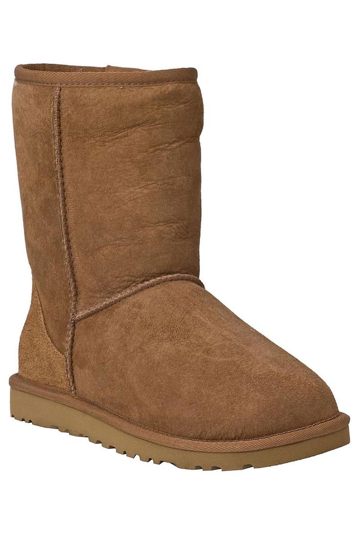 Ugg ladies classic short boots in chestnut beyond the rack