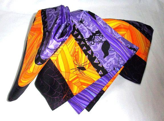 表・USAコットン4種類の生地を繋げたHalloween柄 綿100%。丁寧に繋ぎました。裏・紫と水色が綺麗なウェーブ柄 綿100%帯芯・綿100%帯幅17c...|ハンドメイド、手作り、手仕事品の通販・販売・購入ならCreema。