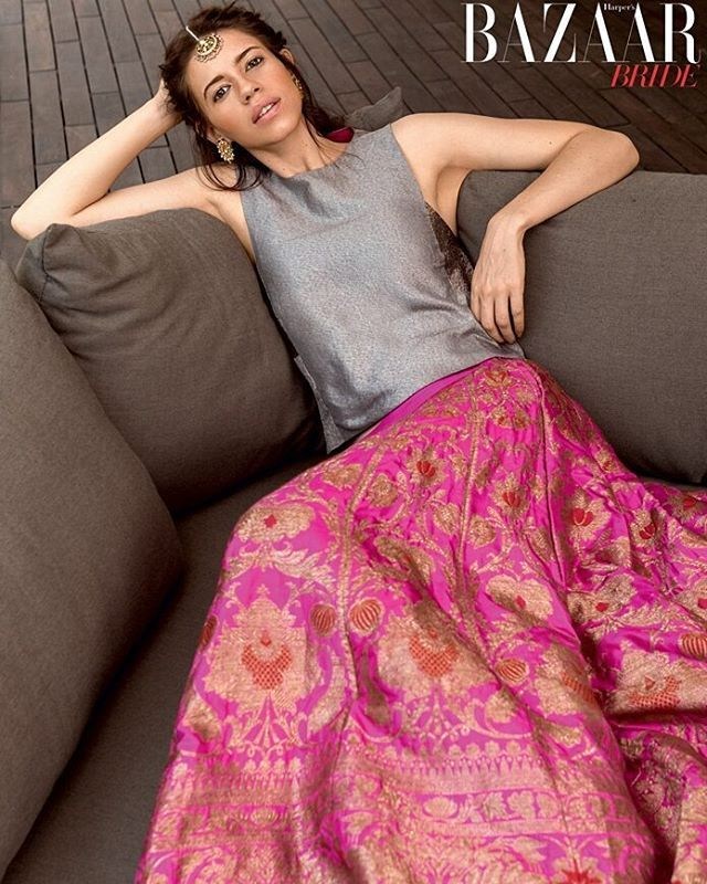 Payal Khandwala finds a muse in the eclectic Kalki Koechlin for the aesthetics of her designs that promises 'comfort in couture'.. This #grey and #pink number just stole our hearts .. #pink #lehenga #couture