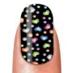 Stickers pour ongles à coeurs simplement adorables ! http://shopping.cherchons.com/dossier/stickers-pour-ongles.html