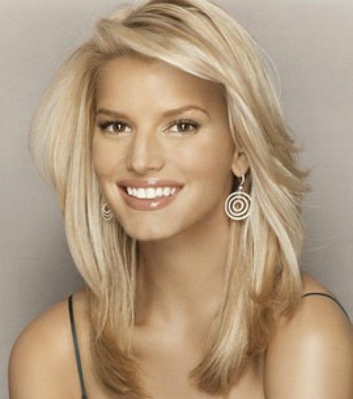 jessica simpson haircuts best 25 thick medium hair ideas on medium 2216 | 63cee28608ba75339af69d032b9eb569 jessica simpson hairstyles jessica simpson short hair