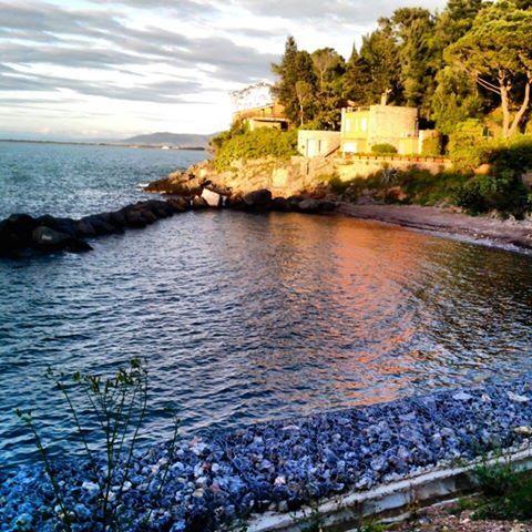 #Spiaggia La #Bionda - #PortoSantoStefano (#MonteArgentario) - #Maremma - #Tuscany - #Italy. Foto di Chiara Galatolo