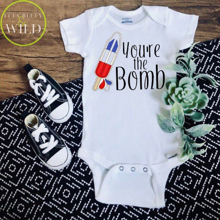 Personalised baby vest,bodysuit,Born in 2020 shower gift,name