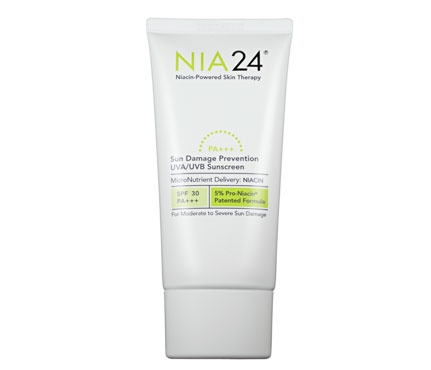 "Best Antiaging SPF 30 or Less for Face: Nia 24 Sun Damage Prevention UVA/UVB Sunscreen SPF 30, $45  This broad-spectrum blocker is laced with pro-niacin, a form of vitamin B³ that helps repair wrinkles and sun spots. As if that weren't enough, a shot of blueberry extract protects against free radicals, too. ""My skin seemed fresher and more resilient after a week of using the lotion,"" our reader reveals."