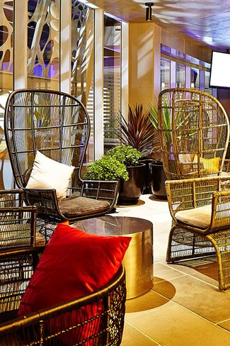 Hurricanes Grill Surfers Paradise Cocktail Area