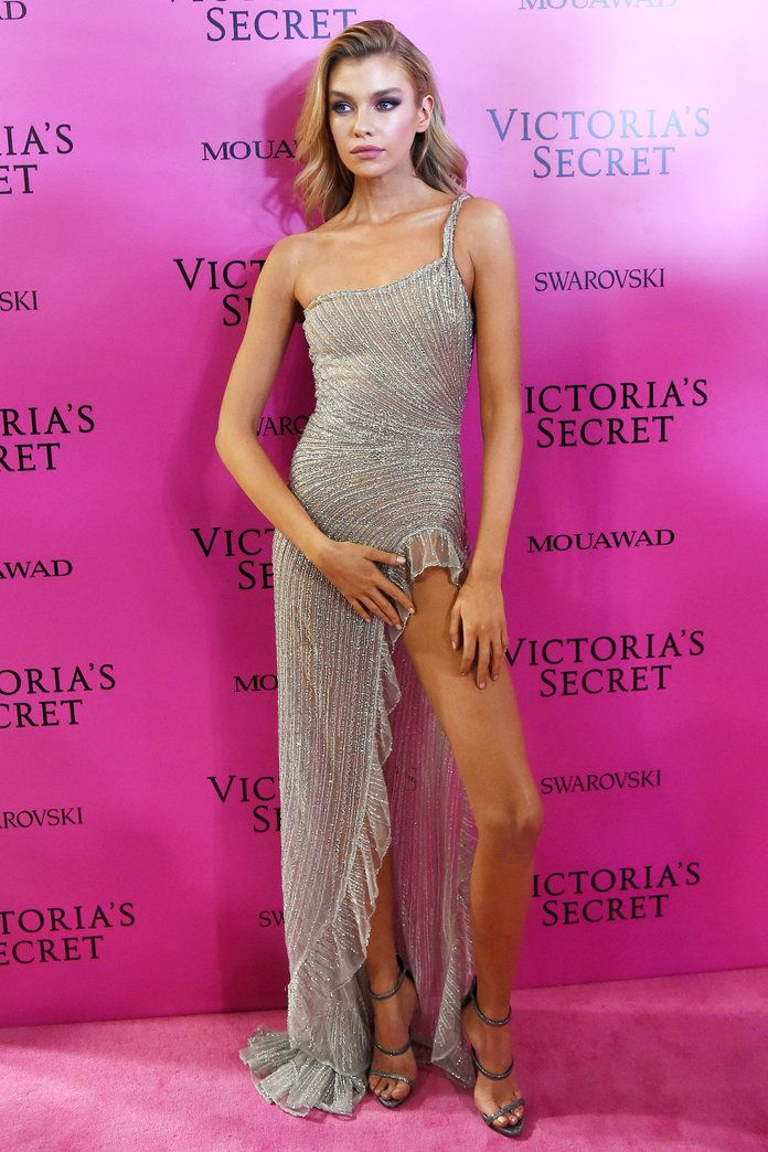 All the Looks from the Victoria's Secret Fashion Show After-Party 2017 | InStyle.com Romee Strijd in raisa and vanessa
