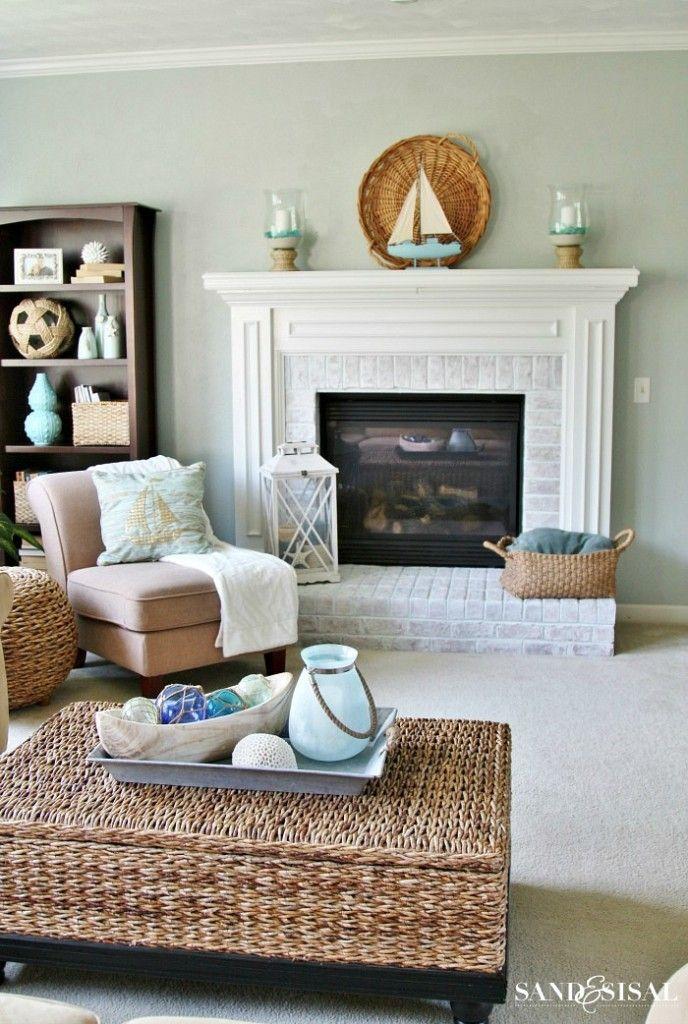 Sensational 17 Best Ideas About Coastal Living Rooms On Pinterest Pastel Largest Home Design Picture Inspirations Pitcheantrous