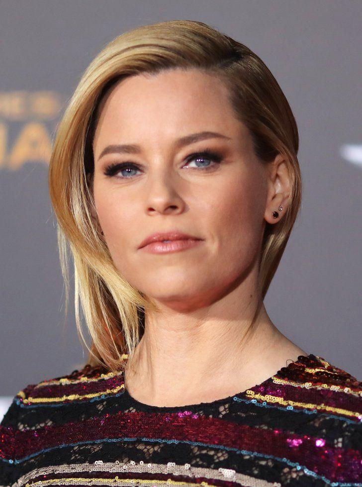 Pin for Later: Le Cast de The Hunger Games Rend Hommage aux Victimes des Attentats de Paris à la Première de LA Elizabeth Banks