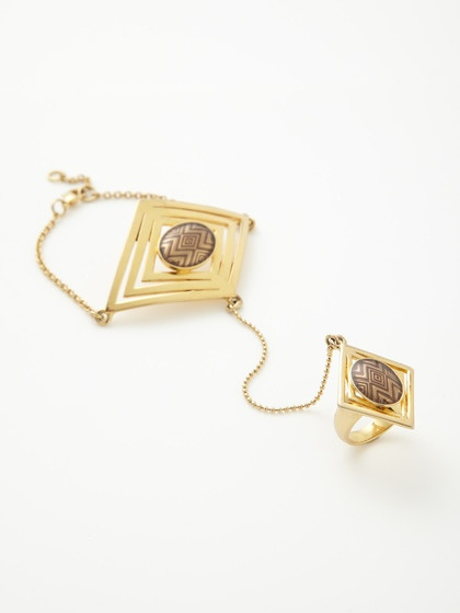 Double Diamond Hand Piece by House of Harlow 1960 on Gilt
