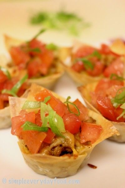 mini taco cups - cheap catering idea